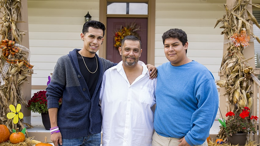 Organ donation recipient Miguel Tomas Lucio and his two sons