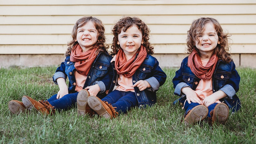 7851372dd After High-Risk Birth and Health Scares, Young Triplets Thriving