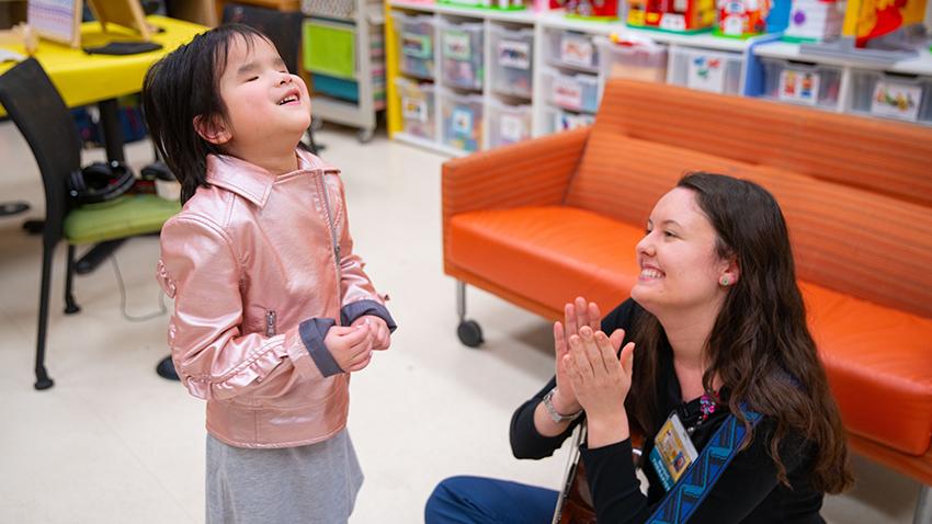 Music Therapy Helps 8-Year-Old Girl Cope with Medical Visits